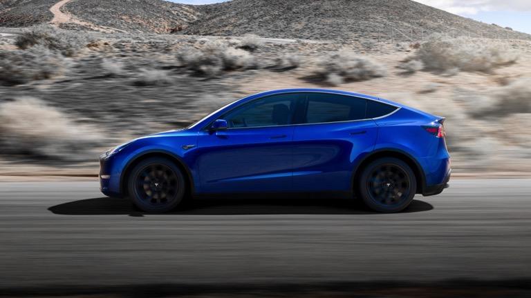 Tesla Model y laterala