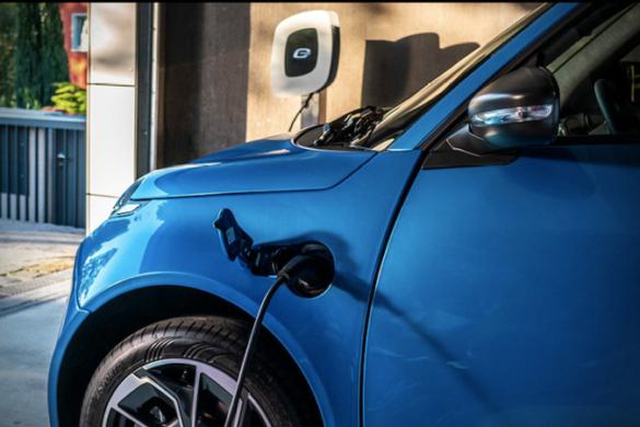 mașină electrică ieftină
