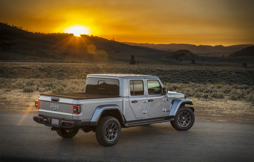 masini jeep gladiator